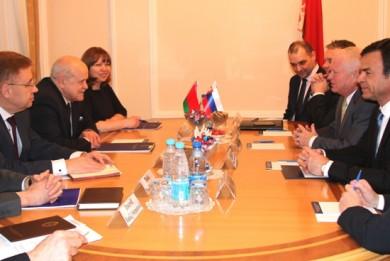 Обсуждены вопросы двустороннего сотрудничества