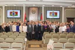 Ветераны Комитета госконтроля награждены юбилейной медалью выпущенной к 100-летию государственного контроля Беларуси