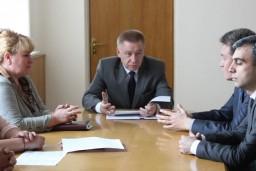 Заместитель Председателя Комитета госконтроля Александр Курлыпо встретился с представителями высших органов финконтроля Армении, Беларуси, Казахстана, Кыргызстана и России, участвующими в совместной проверки в рамках ЕАЭС