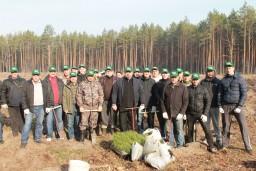 Работники Комитета государственного контроля и управления Департамента финансовых расследований Гомельской области приняли участие в общереспубликанской акции «Неделя леса».
