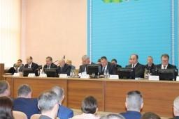 Леонид Анфимов принял участие в заседании Оршанского райисполкома и посетил промышленные предприятия региона